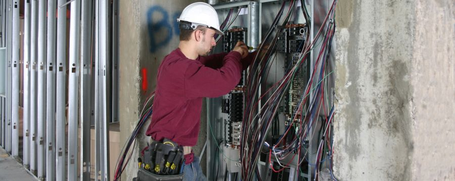 Electrical Equipment Safety Guidelines for Worksites