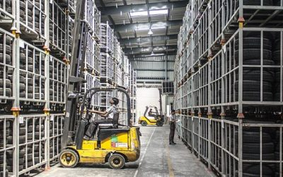 How to Maintain Forklifts in Every Season