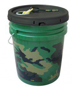 Bucket of Chain, Plastic, 100 Ft